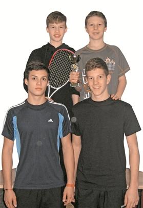 Das starke SRCV-Quartett in Wien: Yannick Wilhelmi, David Maier (hinten von links), Luca Wilhelmi und Patrick Maier (vorne von links).?(Foto: ZVG)