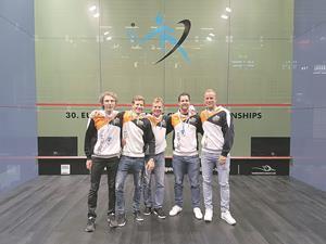 Das SRCV-Quintett in Paderborn: Davide Bianchetti, Patrick Maier, Peter Maier, Michel Haug und Roger Baumann.?(Foto: ZVG)